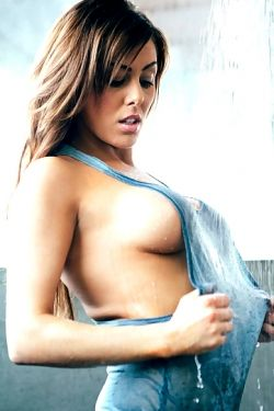 Curvacious Christina Ripple