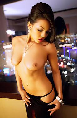 Adrianna Luna Hot Latina Pornstar
