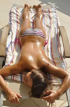 Dominika Under The Spanish Sun