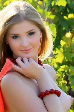 Gorgeous Virgin Blonde Tina Outdoor