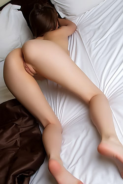Skinny Babe Ynesse Hot Ass