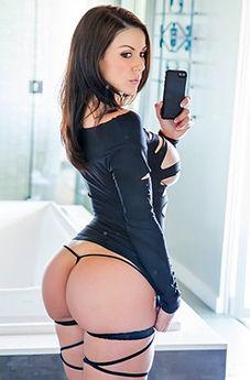 Kendra Lust In Lust At First Sight