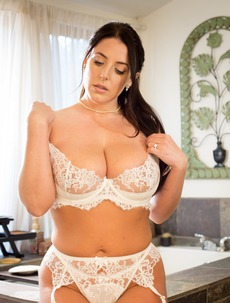 Angela White loves to feel dicks inside