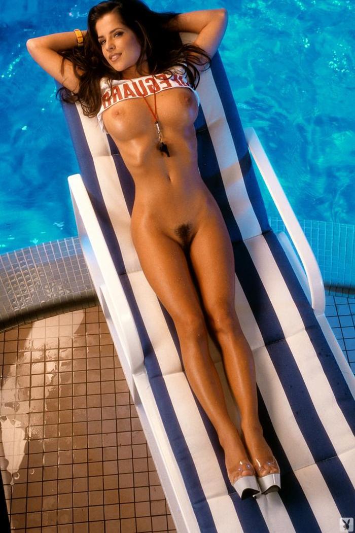 Kelly nackt Monaco Kelly Monaco