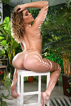 Katie Kush In The Garden