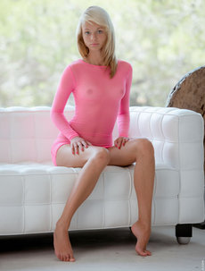 Beautiful Nomi In Pink